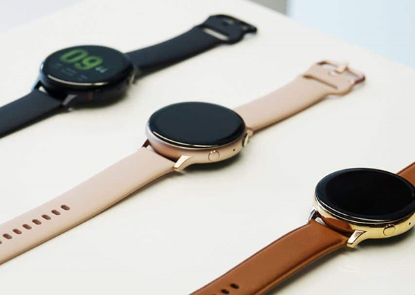 Samsung Galaxy Watch Active 2 salenhanh