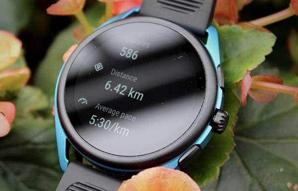Đánh giá sản phẩm Emporio Armani Smartwatch 3