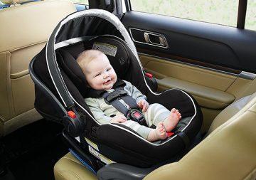 Top ghế ngồi xe hơi tốt nhất cho bé