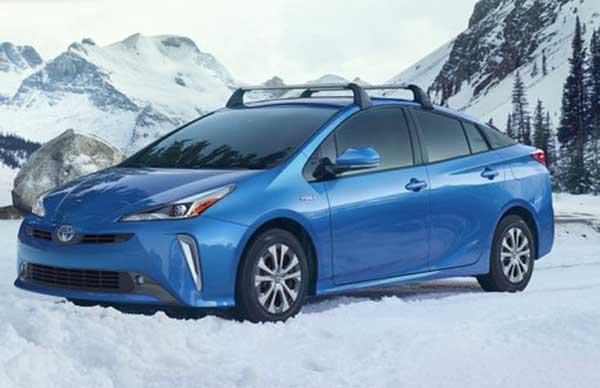 Giới thiệu Toyota Prius XLE AWD-e 2020