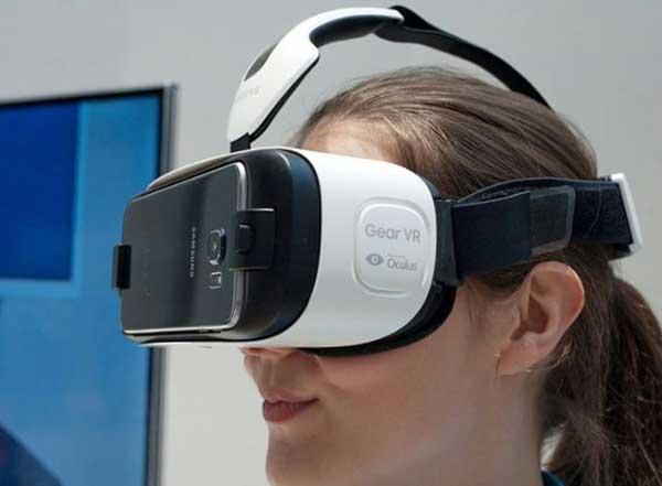 Mua kính thực tế ảo