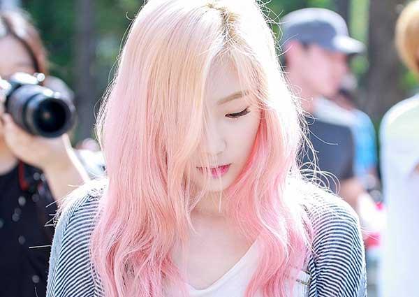 Tóc màu hồng phấn