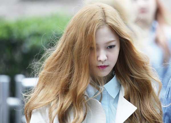 Tóc màu mơ