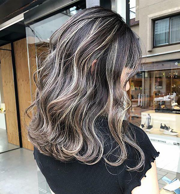 Đánh giá tóc vàng phẩy light