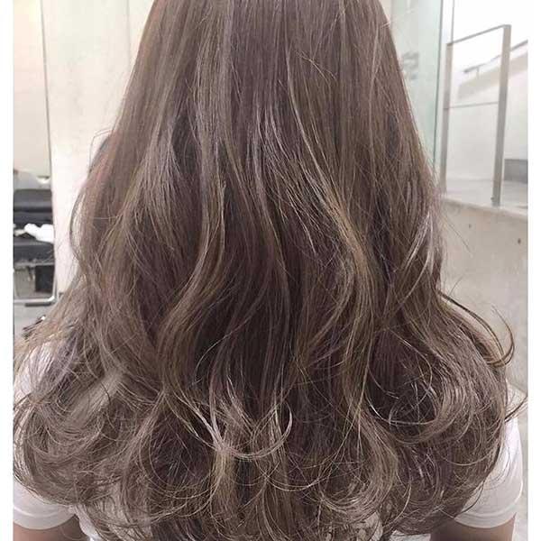 tóc màu nâu ánh khoi