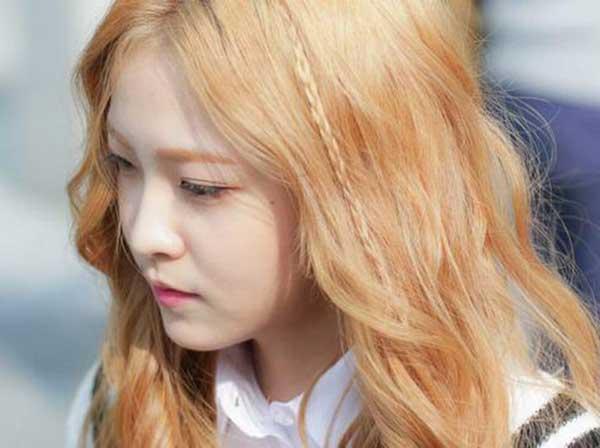 Tóc màu vàng đồng đẹp