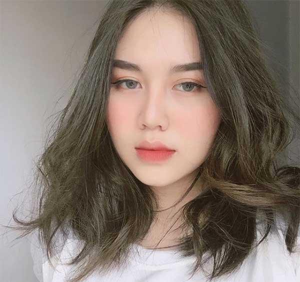 tóc nâu khối ánh rêu