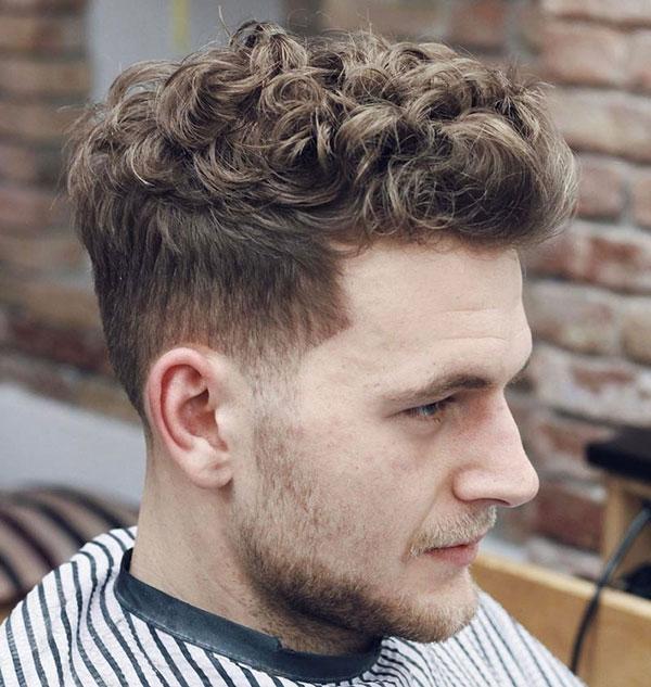 chọn kiểu tóc xoăn cho nam