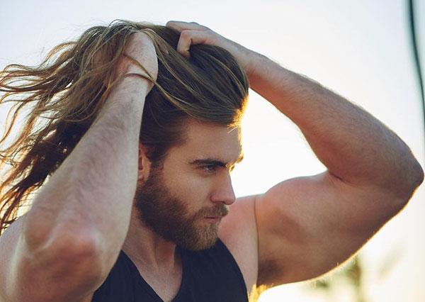 Kiểu tóc nam xoăn đẹp