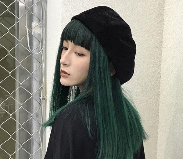 Màu tóc xanh rêu hot trend
