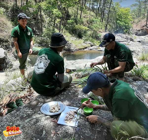 Bụi Camping